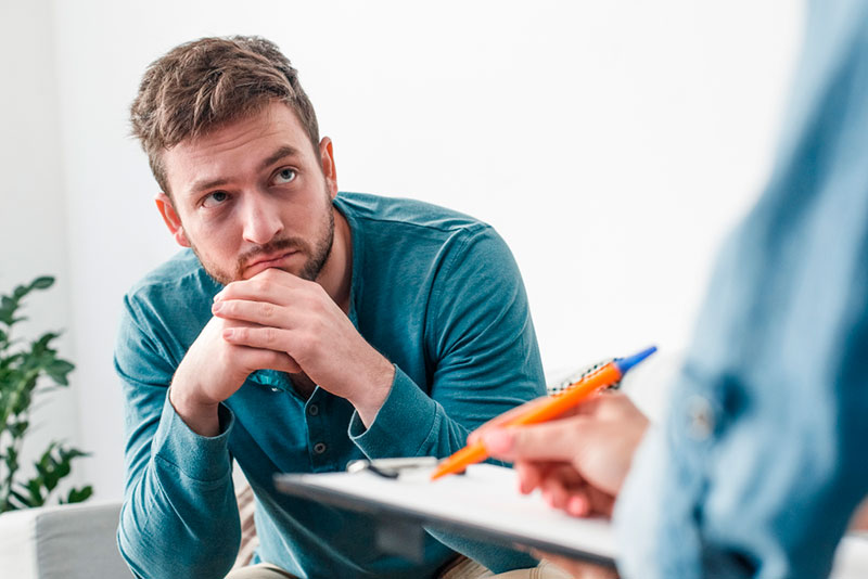 Что делать, если зависимый не хочет лечиться?
