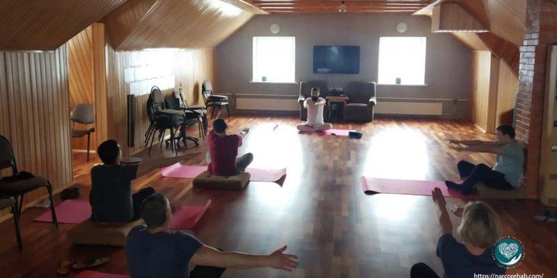 Йога для резидентов центра